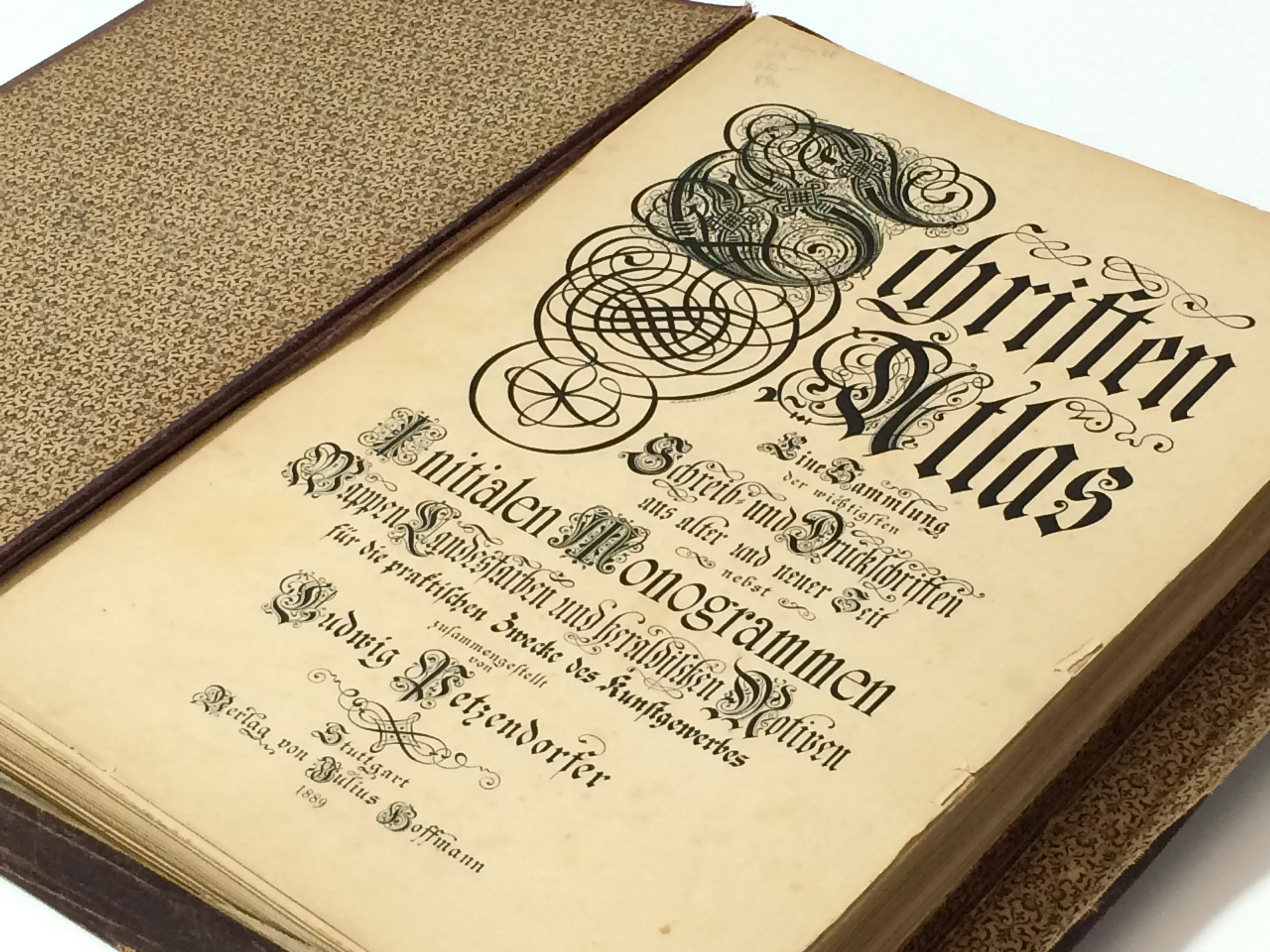 Catálogo tipográfico antiguo de 1889